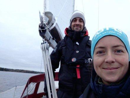 Sailing couple on a boat - Harba Blog
