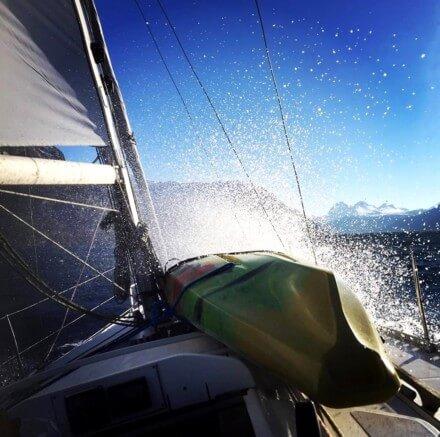 Sailing along the Norwegian coast - Harba