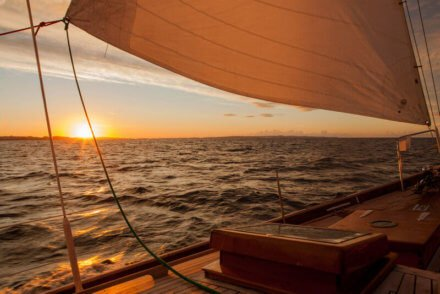 IMG_1905 Taifun sail in sunset - Harba Credit Curt Mühe