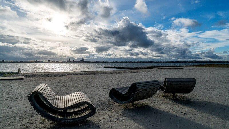 Marina Altefähr beach and three benches - Harba