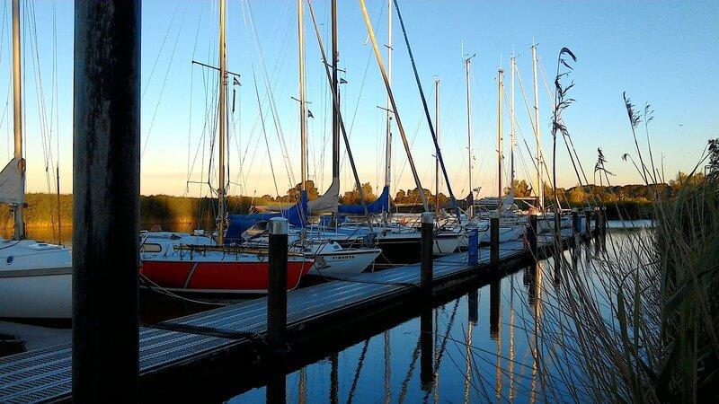 Hafen der Seglervereinigung Pinnau