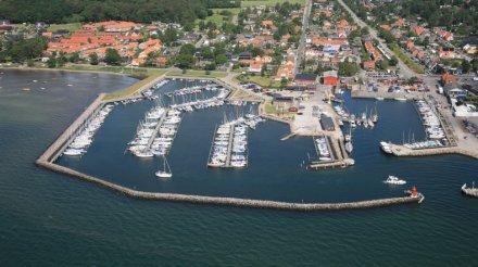 Hou Lystbådehavn from above