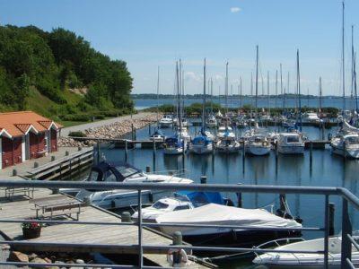 Boats docked at Marina Minde from above