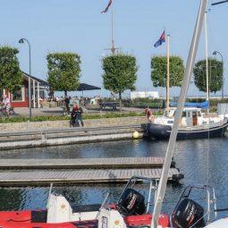 Skovshoved Havn docks